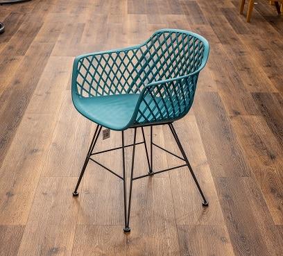 כיסא דגם בלובל