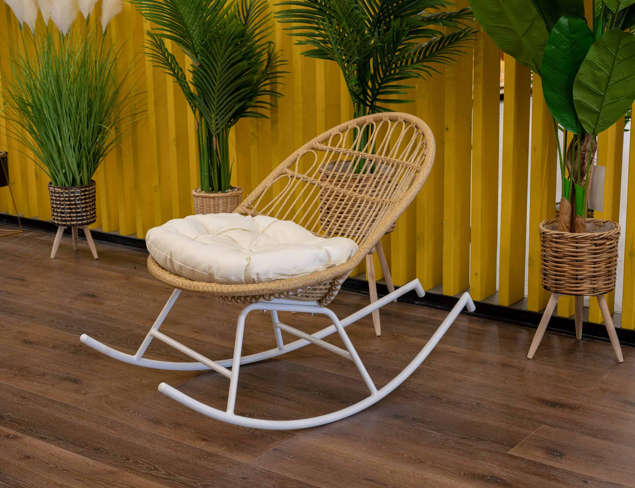 כיסא נדנדה ראטן (1)
